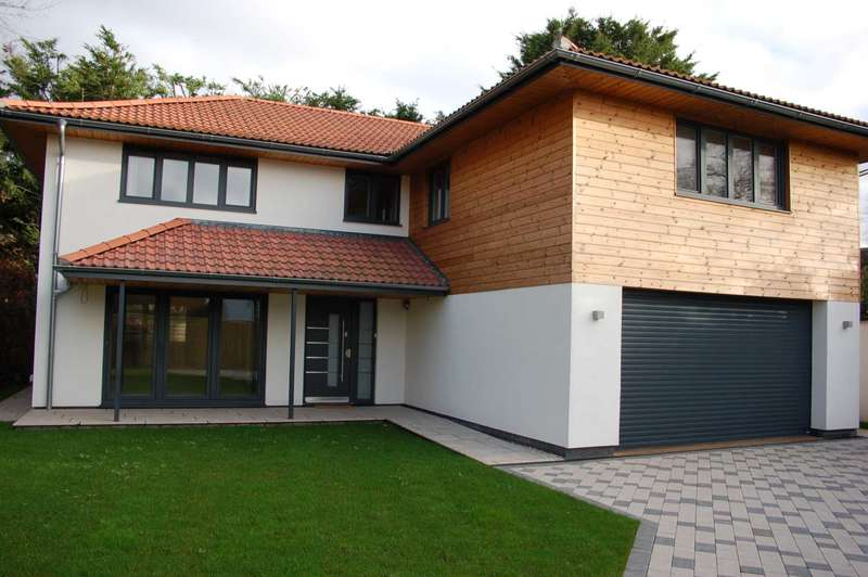 5 Bedrooms Detached House for sale in Staplegrove