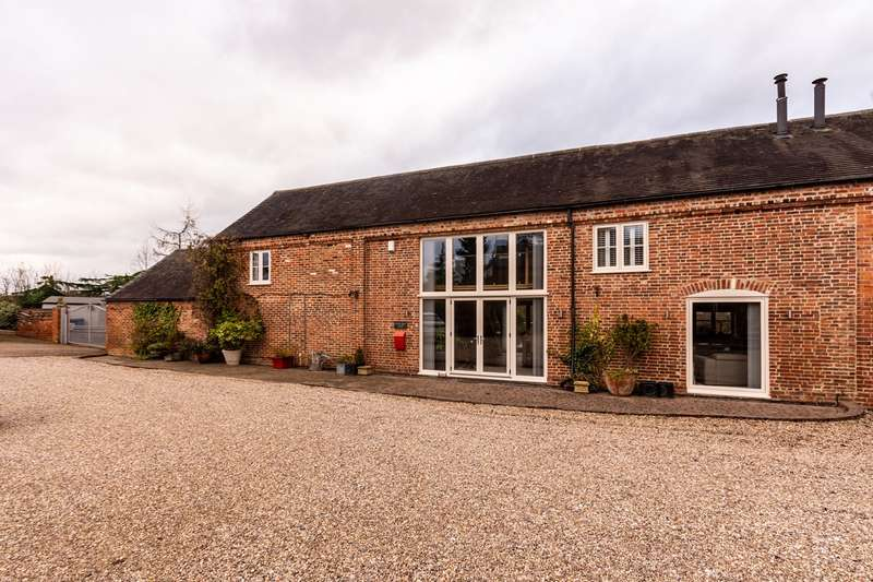 3 Bedrooms Barn Conversion Character Property for sale in Little Pipe Lane, Lichfield, WS13