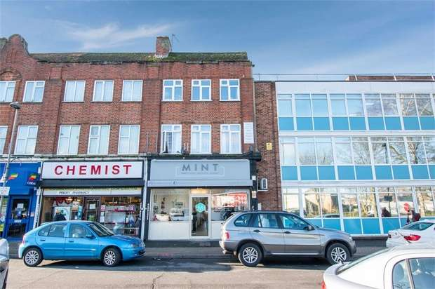 2 Bedrooms Flat for sale in Carlton Parade, Orpington, Kent