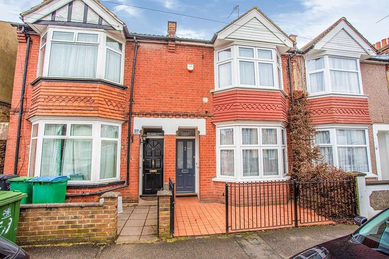 3 Bedrooms House for sale in Princes Avenue, Watford, WD18