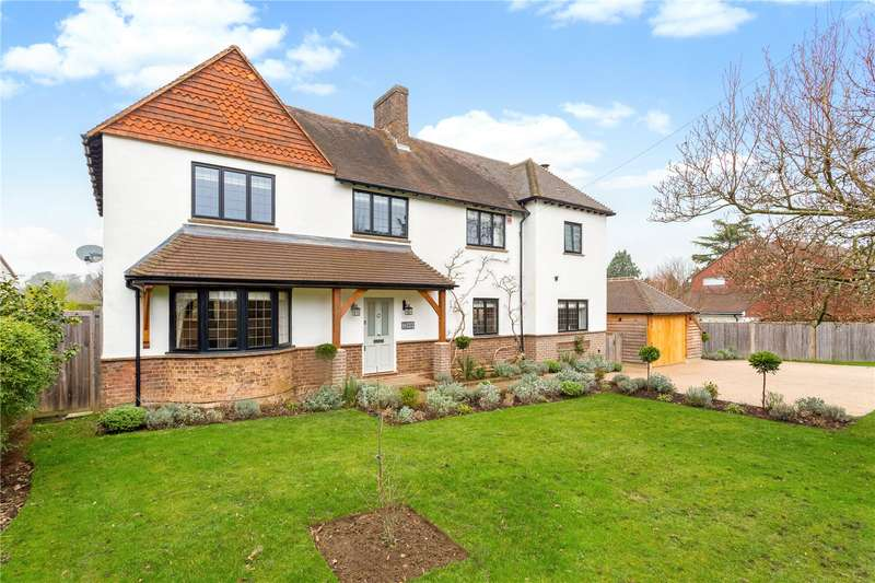 4 Bedrooms Detached House for sale in Detillens Lane, Oxted, Surrey, RH8
