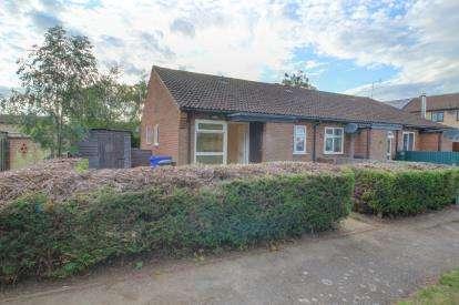 1 Bedroom Bungalow for sale in Lakenheath, Brandon, Suffolk