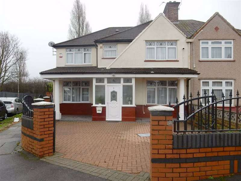 4 Bedrooms Semi Detached House for sale in Wimborne Avenue, Hayes, Middlesex