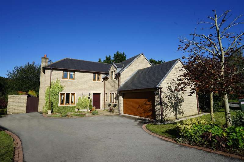 4 Bedrooms Detached House for sale in Flag Lane, Heath Charnock, Chorley