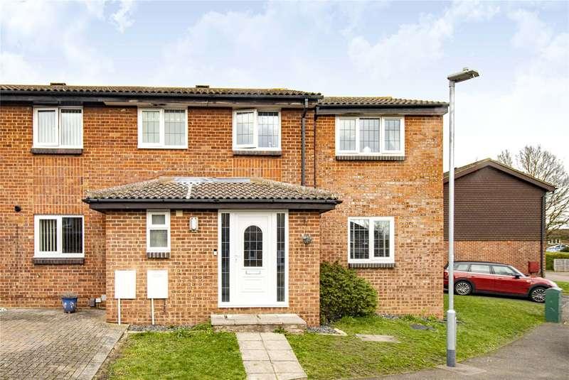 4 Bedrooms Semi Detached House for sale in Humber Close, Wokingham, Berkshire, RG41