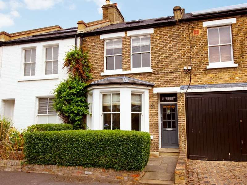 3 Bedrooms Terraced House for rent in Saville Road, London, W4