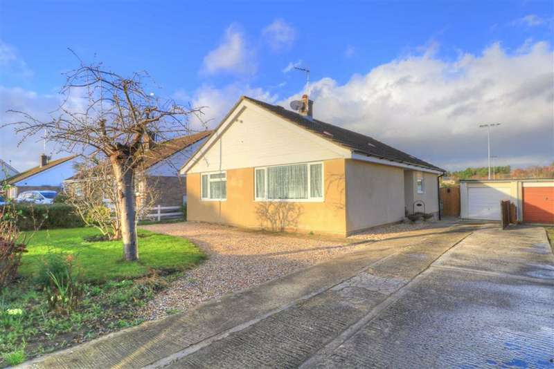 3 Bedrooms Bungalow for sale in 9, Park Road, Malmesbury