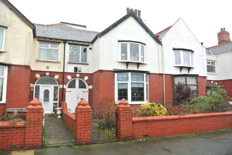 1 Bedroom Flat for sale in Rosebery Avenue, Blackpool, FY4 4LA