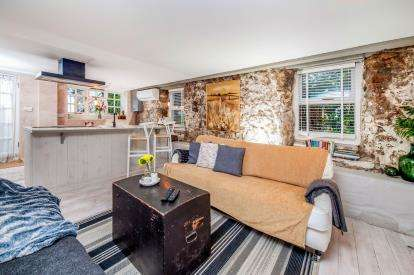 1 Bedroom Flat for sale in Mousehole, Penzance, Cornwall