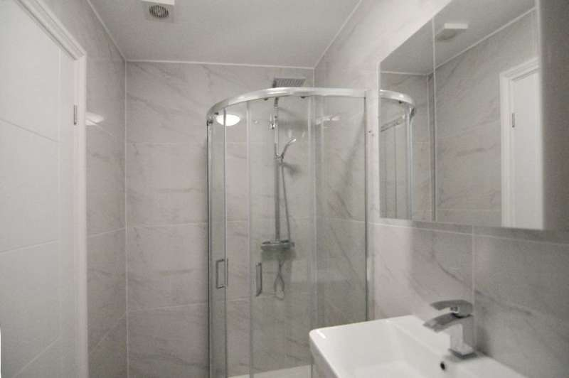 4 Bedrooms Terraced House for sale in Ridge Road, Winchmore Hill, London, N21