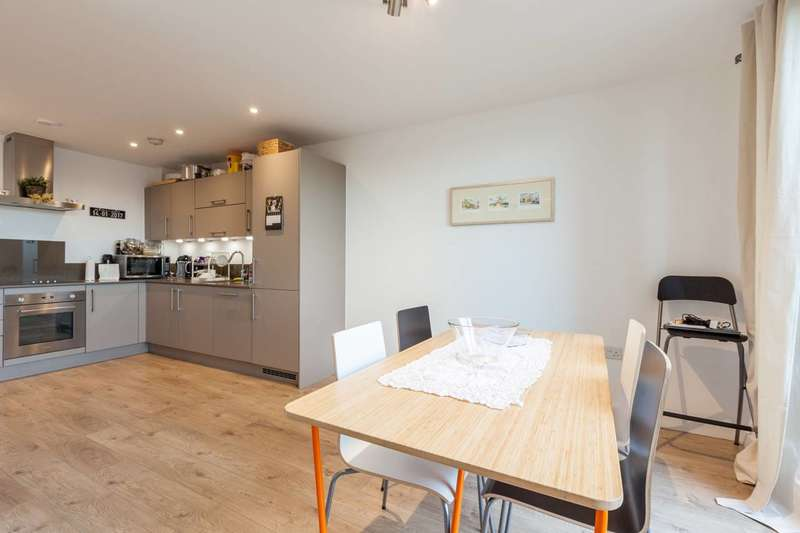2 Bedrooms Flat for sale in Verney Road, South Bermondsey, SE16