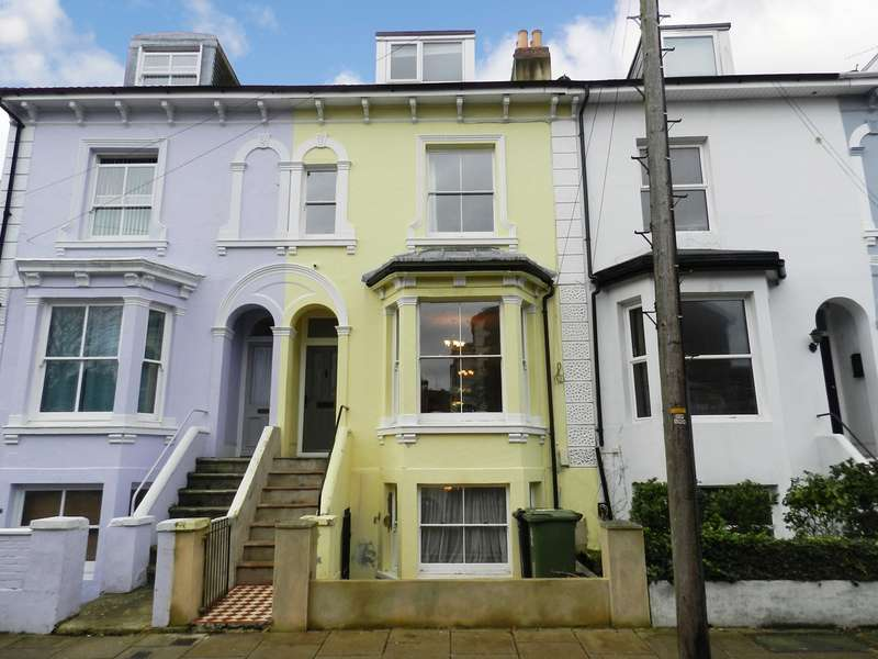 4 Bedrooms Town House for sale in Albany Road, Southsea, PO5
