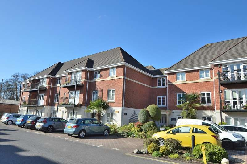 2 Bedrooms Ground Flat for sale in Hursley Road, Chandler's Ford