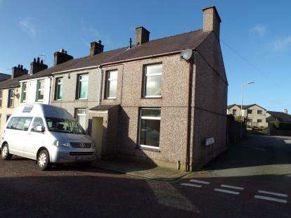3 Bedrooms End Of Terrace House for sale in Baptist Street, Penygroes, Caernarfon, LL54