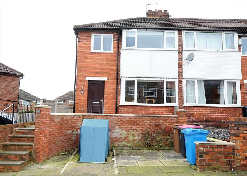 3 Bedrooms Town House for sale in 50 Harewood Road, Irlam M44 6DL
