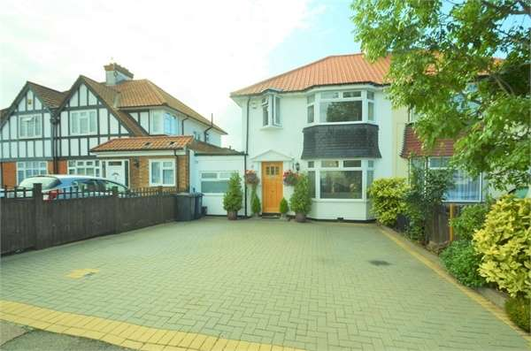 4 Bedrooms Semi Detached House for sale in Ellesmere Avenue, Mill Hill, NW7