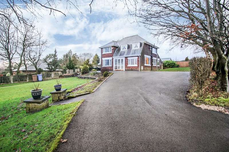 4 Bedrooms Detached House for sale in Bolton Road, Anderton, Chorley, Lancashire, PR6