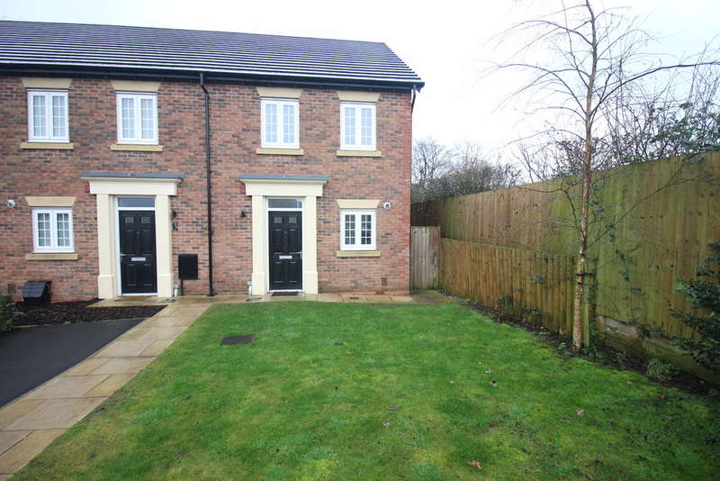 2 Bedrooms Mews House for sale in Priors Lea Court, Fulwood