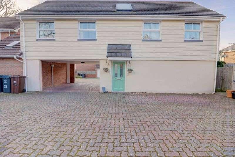 2 Bedrooms Property for sale in Olvega Drive, Buntingford