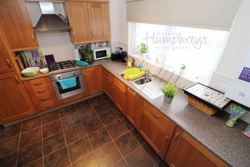 4 Bedrooms House for rent in **Beeches Hollow** S2 8am to 8pm Viewings