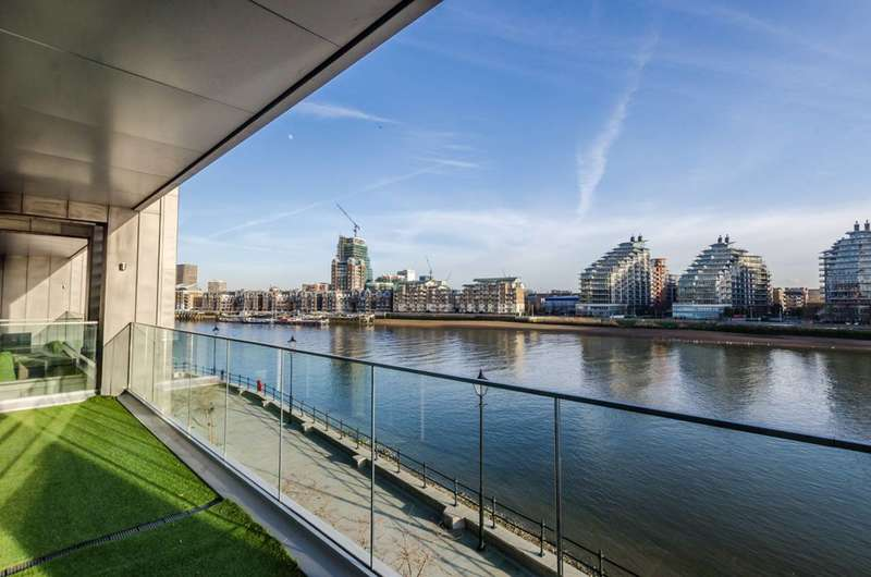 2 Bedrooms Flat for sale in Central Avenue, Sands End, SW6