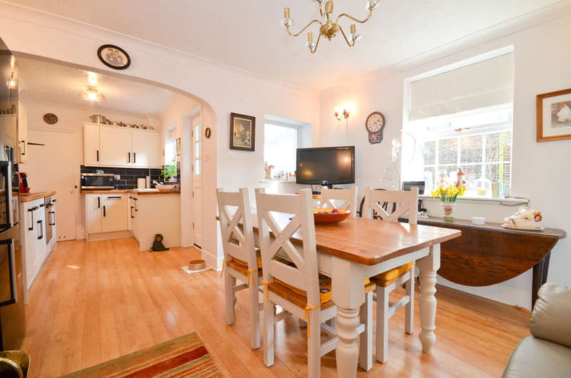 2 Bedrooms Cottage House for sale in Wroxall, Isle Of Wight