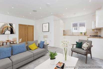 3 Bedrooms Bungalow for sale in Fareham, Hampshire