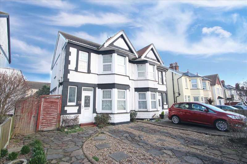 3 Bedrooms Semi Detached House for sale in Hayes Road, Clacton-on-Sea