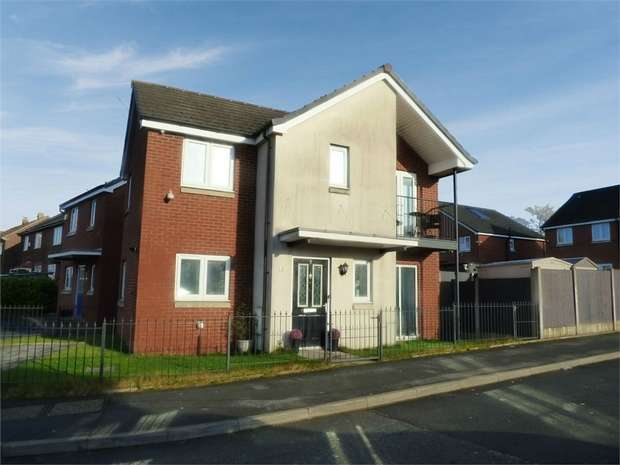 3 Bedrooms Detached House for sale in Latrigg Crescent, Middleton, Manchester, Lancashire