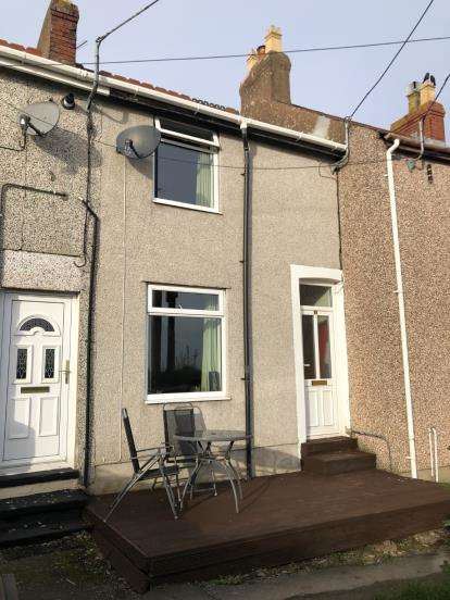 2 Bedrooms Terraced House for sale in Mount Pleasant Terrace, Penrhynside, Llandudno, Conwy, LL30