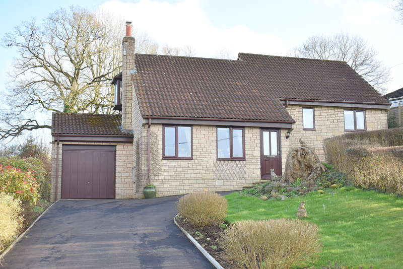 3 Bedrooms Detached House for sale in South Brewham, Somerset BA10