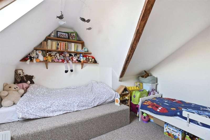 3 Bedrooms Flat for sale in Hornsey Lane, Highgate, London, N6