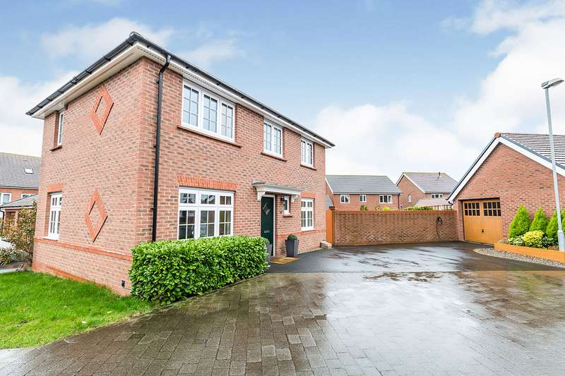3 Bedrooms Detached House for sale in Wiltshire Grove, Buckshaw Village, Chorley, Lancashire, PR7