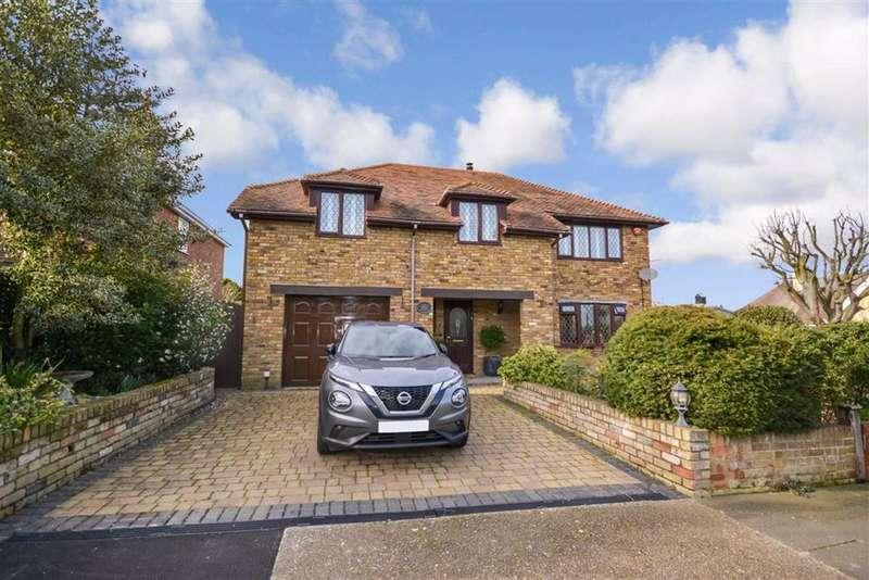 3 Bedrooms Detached House for sale in Princes Gardens, Margate, Kent