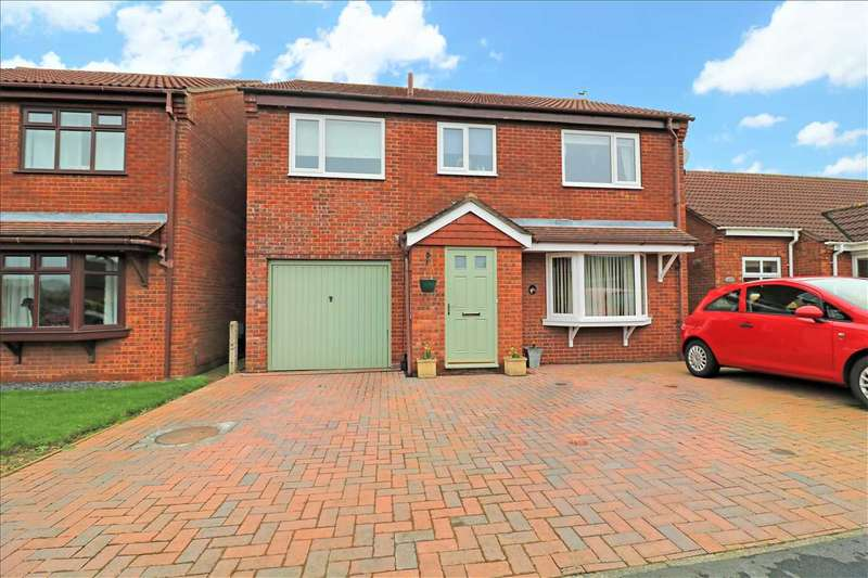 4 Bedrooms Detached House for sale in Heathfield Avenue, Branston, Lincoln