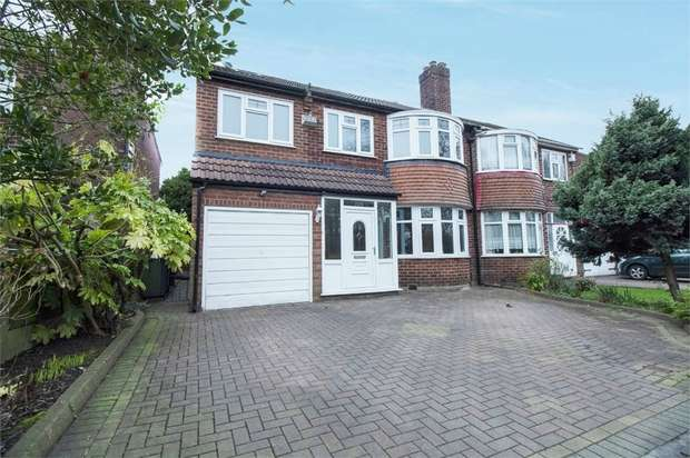 4 Bedrooms Semi Detached House for sale in Lostock Road, Urmston, Manchester