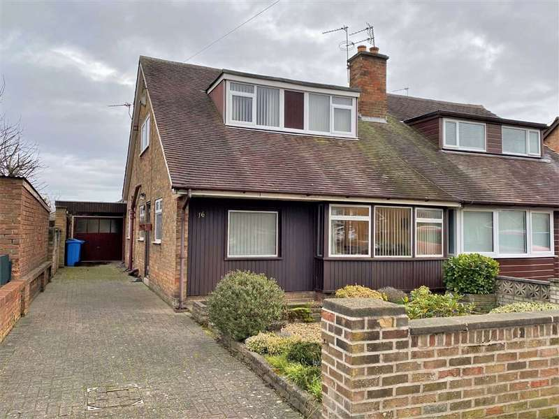 4 Bedrooms Semi Detached Bungalow for sale in Winston Avenue, St Annes