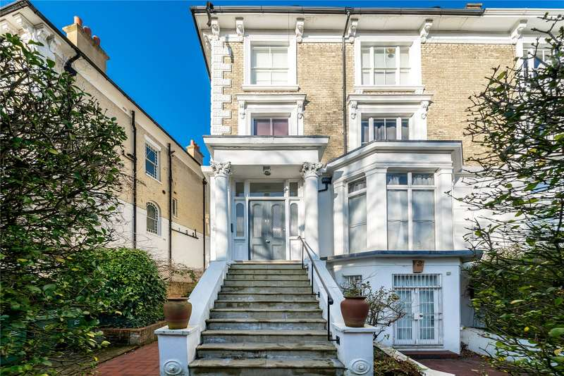 3 Bedrooms Flat for sale in Upper Park Road, London, NW3