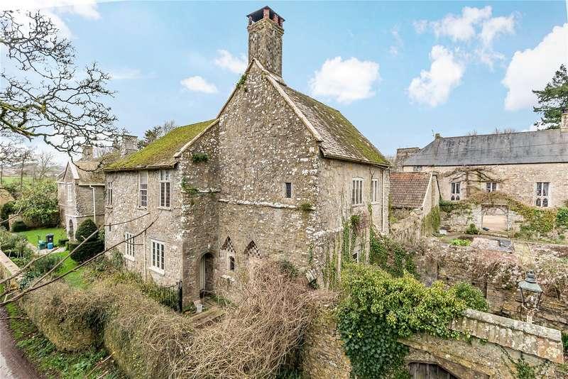3 Bedrooms Semi Detached House for sale in Weycroft, Axminster, Devon, EX13
