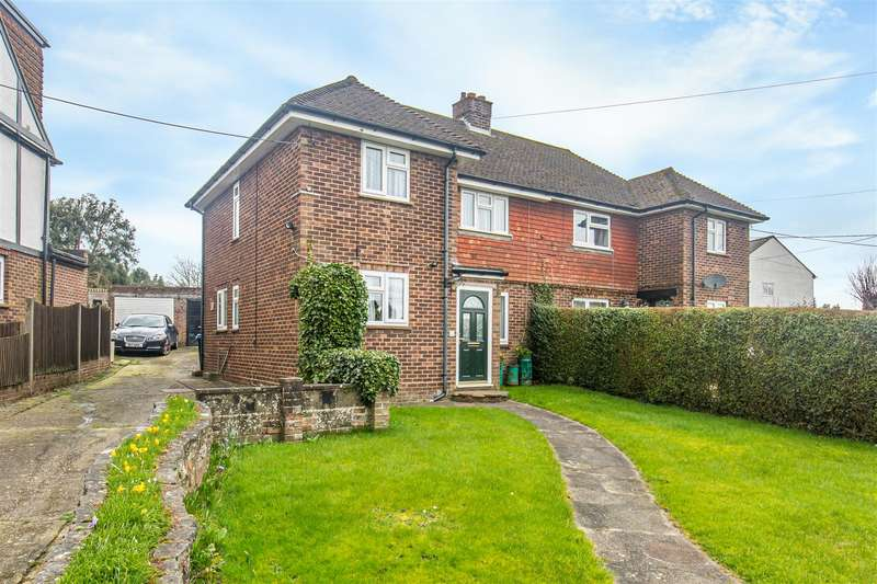 3 Bedrooms Semi Detached House for sale in Westmore Road, Tatsfield