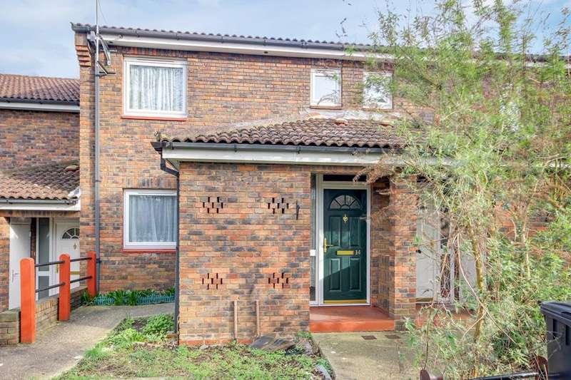 1 Bedroom Flat for sale in Bridgend Road, Enfield, London, EN1