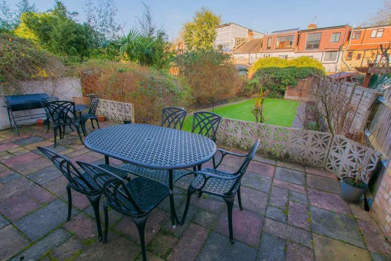 4 Bedrooms House for sale in Farrer Road, Crouch End, N8