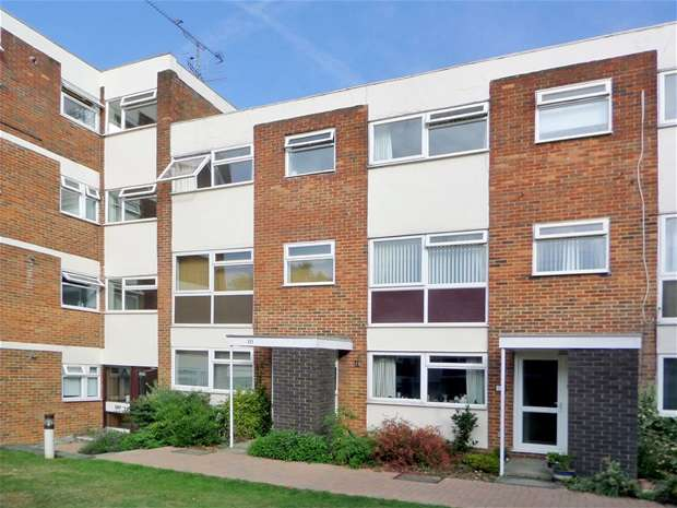 4 Bedrooms House for sale in Carlton Road, Harpenden