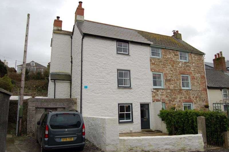 4 Bedrooms Property for sale in Market Street, Hayle