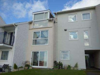 2 Bedrooms Flat for sale in Ffordd Glyder, Menai Marina, Y Felinheli, Gwynedd, LL56