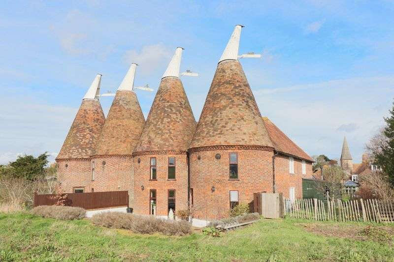 Property for sale in Ickham