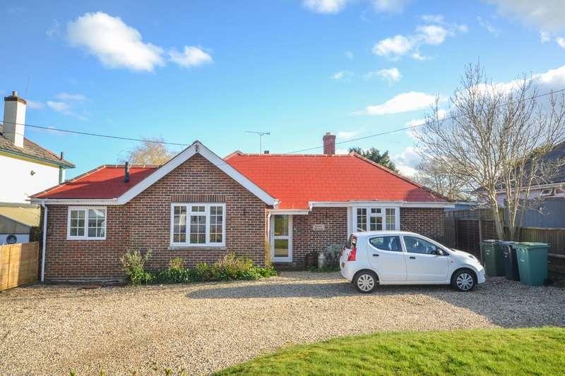 4 Bedrooms Detached Bungalow for sale in Howgate Road, Bembridge