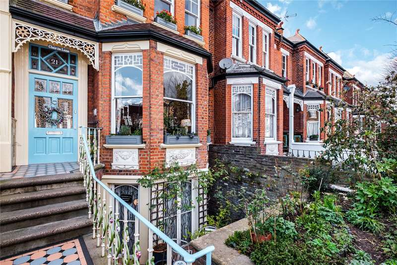 6 Bedrooms Terraced House for sale in Parkholme Road, London, E8