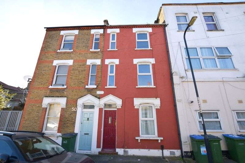 2 Bedrooms Property for sale in Durham Rise, Plumstead, SE18