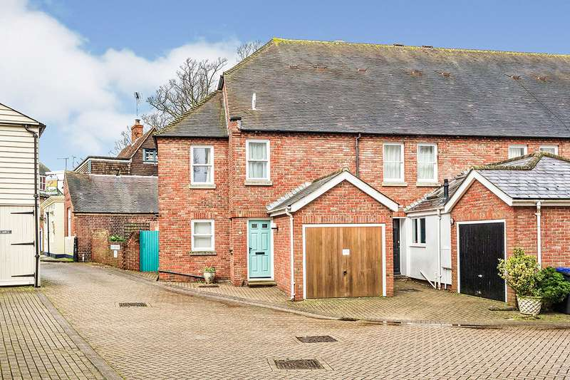 3 Bedrooms End Of Terrace House for sale in Dane John Mews, Canterbury, Kent, CT1